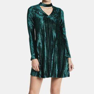 Nicole Miller Emerald Velvet Green Pleated Dress 8